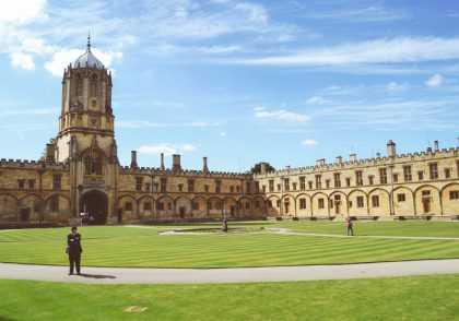 دانشگاه آکسفورد 420x294 - بهترین دانشگاه های اروپا تا سال 2019 - برترین دانشگاه های جهان