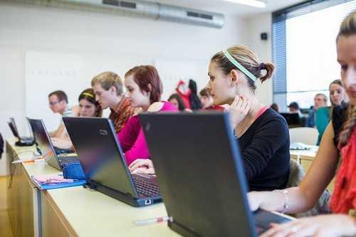 نرم افزار - بهترین نرم افزارهای کامپیوتری برای دانشجویان