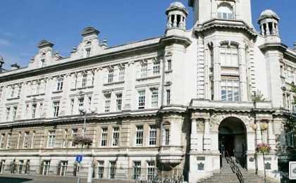 ac image VU1546847933t2 420x260 - بورسیه تحصیلی دانشگاه Portsmouth انگلستان